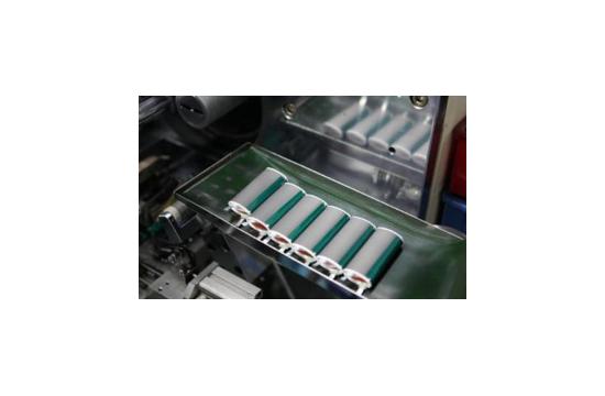 """意大利研发出可""""闪充""""的半固态锂氧电池"""