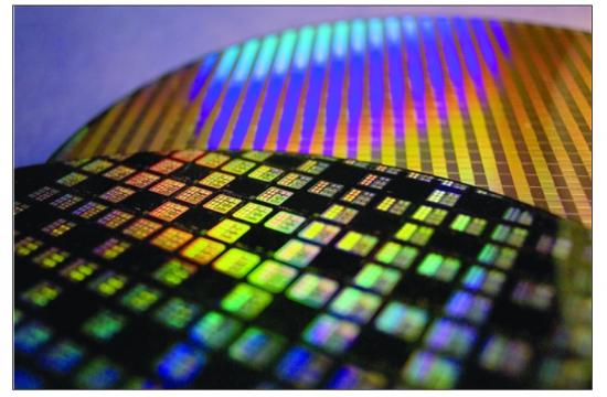 硅趋于性能极限 新材料推动半导体器件革新